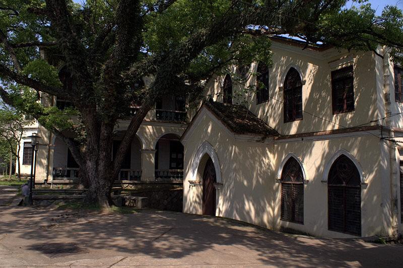师大音乐学院(拍摄:nenva  / 2007年5月)