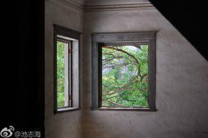 领事馆内部窗户(拍摄:池志海/2011.5)