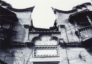 风火墙下门额及入口(拍摄:小飞刀)