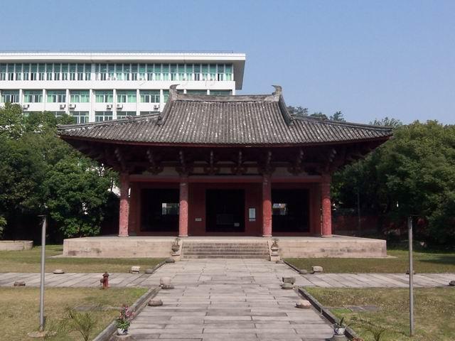 華林寺大殿正面