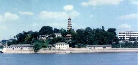 罗星塔全景(1990年)