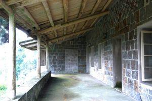 宜夏别墅宽敞外廊(小飞刀摄于2008年9月)