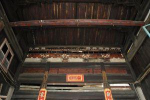 厅堂梁架(小飞刀摄于2009年7月)
