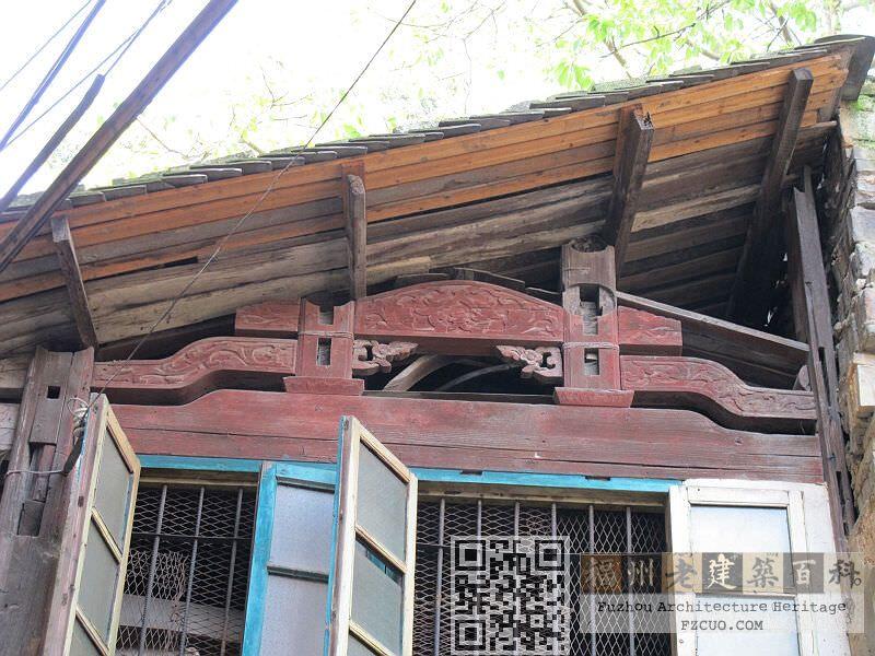 尚存的梁架结构(拍摄:nenva,2012年5月)