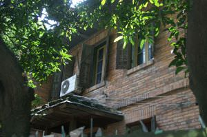 建筑南立面细部(拍摄:nenva,2012年5月)