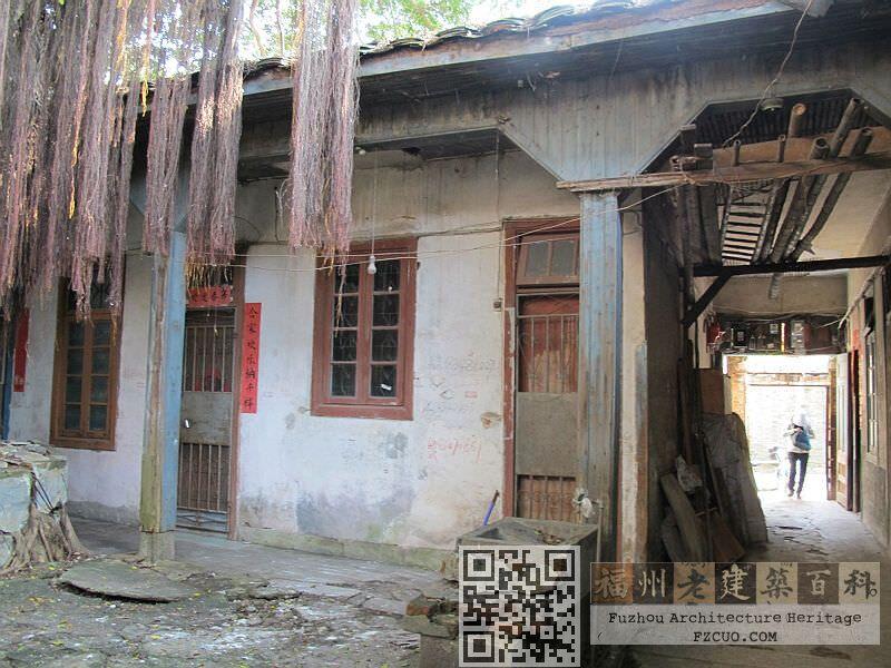 象山里3号院落内带有风雨廊的平房(拍摄:林轶南,2012年5月)
