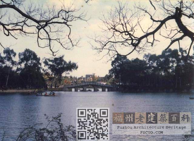 西湖飞虹桥 火燄山 1986