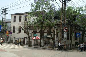 修缮后的鲁贻图书馆东立面(从立新路口向西拍摄)(来源:林轶南摄于2012年5月)