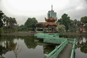 遗址上重建的九曲桥,小飞刀摄于2012年3月
