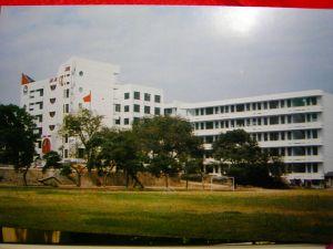 新教学楼。 原来可有老洋房?
