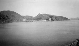 从闽江拍摄的电光山炮台(来源:布里斯托尔大学 http://hpc.vcea.net/Database/Images?ID=20223)