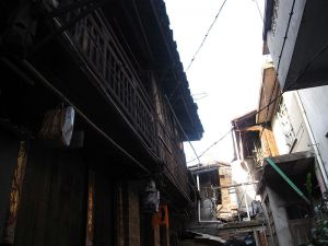 南侧的二层柴栏厝附属楼(顾琨摄于2012年5月)