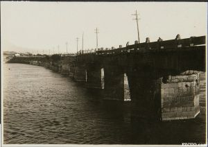 洪山桥(来源:东洋文库《亚东印画辑》第10册(162-179回))