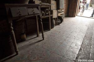 地板瓷砖(小飞刀摄于2012年)