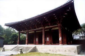 华林寺大殿正面侧拍。 2012年 Haier7917