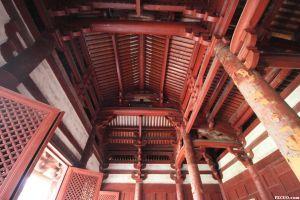 流行于南北朝时期的大殿木柱风格 2012年 Zhangzhugang .jpg