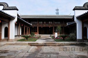 螺洲陈氏五楼赐书楼(从南到北)(来源:丁梅摄于2010年3月)