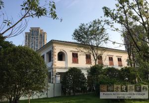 重建完成的闽海关新办公楼侧面(AlbertZheng摄于2018年6月)