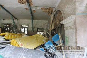 昔日病房已被杂物占满