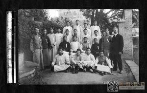 基督教青年会春令会合影,照片拍摄于1913年,来自耶鲁大学图书馆。
